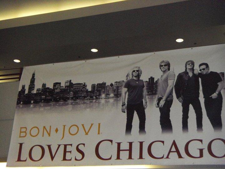 Bon Jovi Loves Chicago