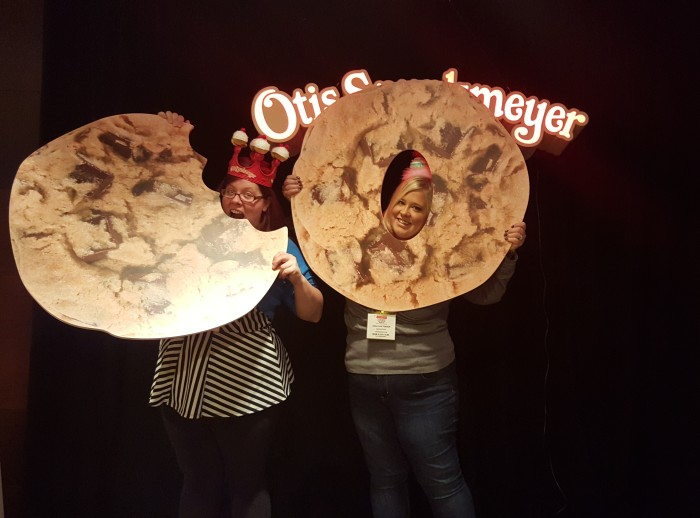 We hung out with some giant cookies at the Otis Spunkmeyer Sneak Peak last month.