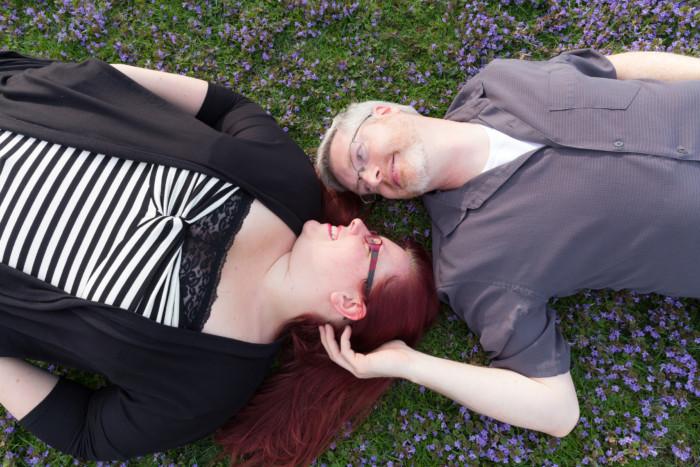 beautiful plus size engagement photos in a park